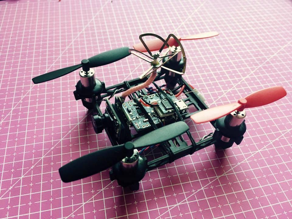 mini drone pilotage en immersion