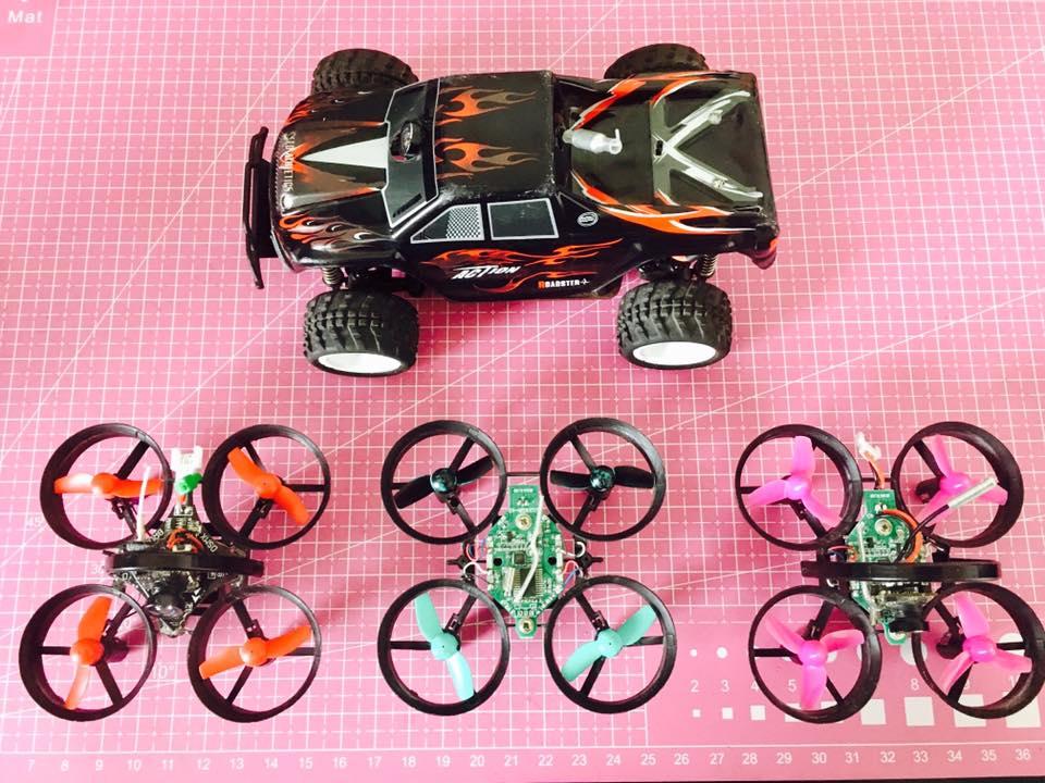 drone et voiture pilotage en immersion